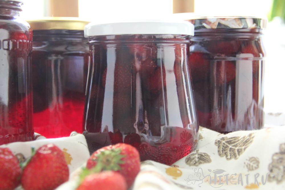 Варенье из клубники с целыми ягодами — как сварить густое клубничное варенье на зиму
